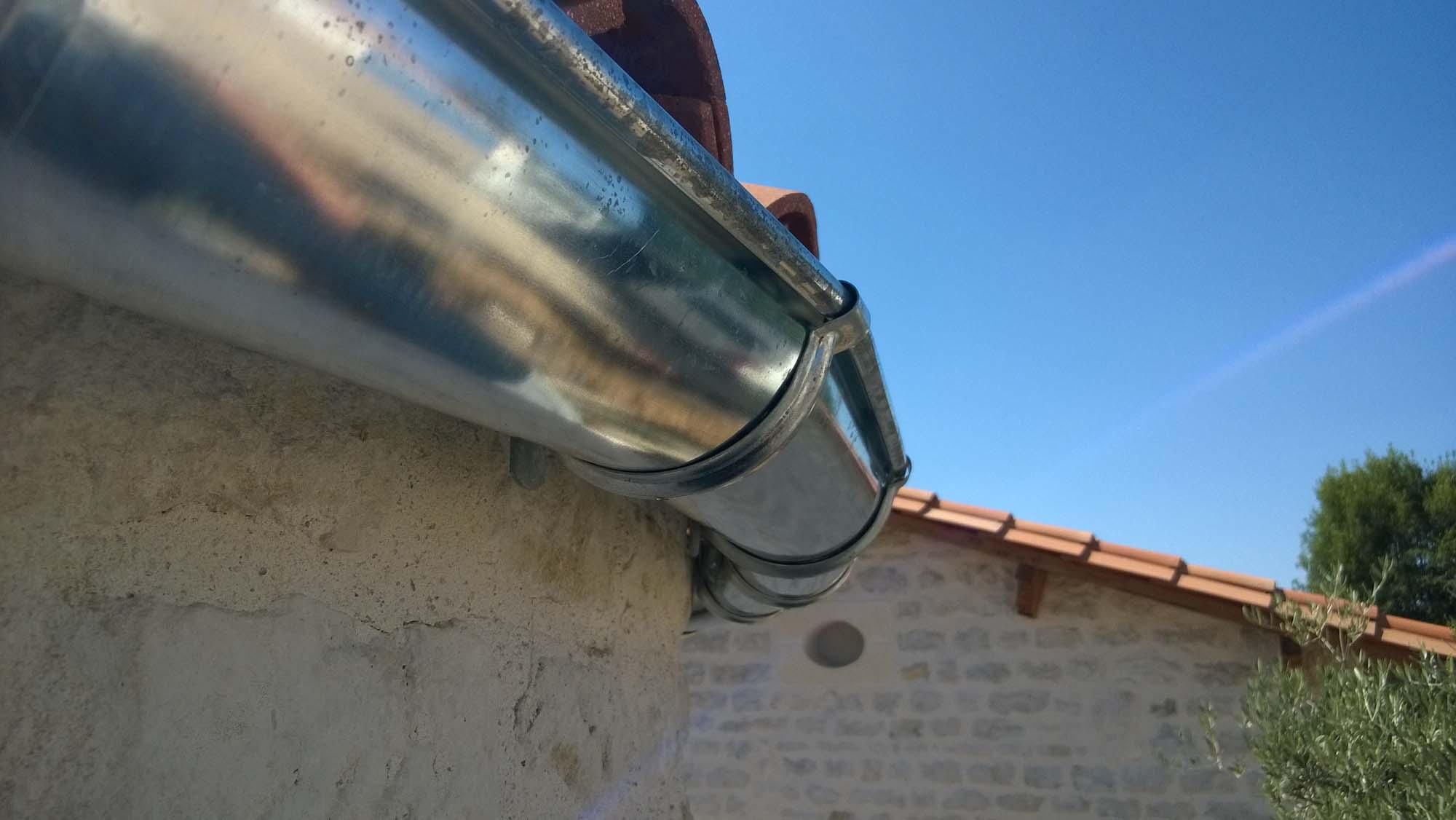 Gouttière demie-ronde cintrée - PLANCHOT Guy-Bernard Couverture