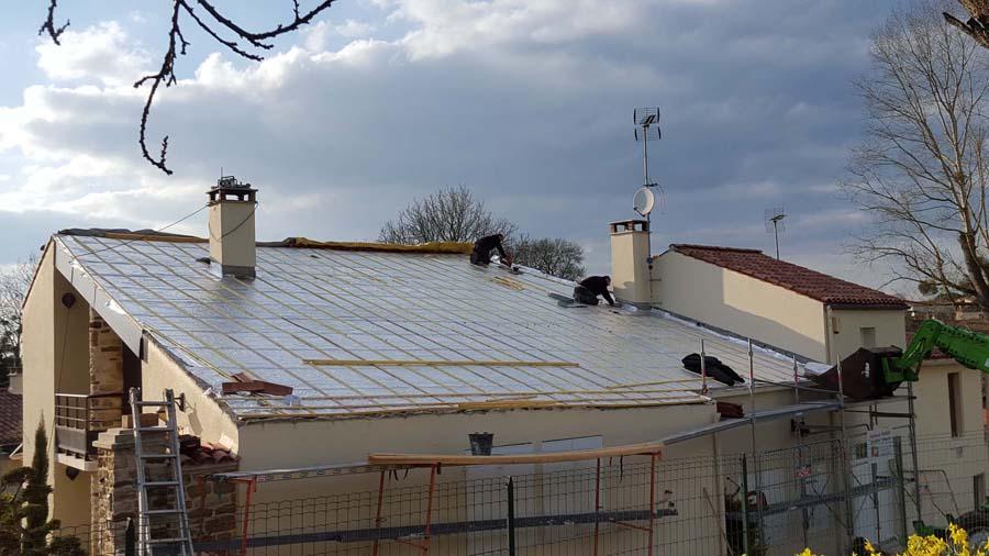 Couvreur tuile et ardoise - Isolation SkyTech Serigné - Planchot Couverture Vendee